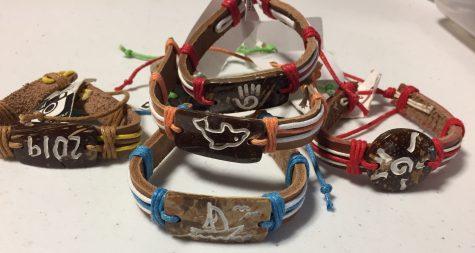 Beta club sells accessory to help underprivileged kids