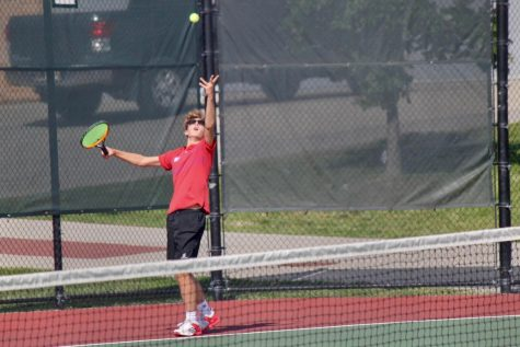 Season Preview: Returning Talent Looks to Lead Varsity Tennis Team to New Heights