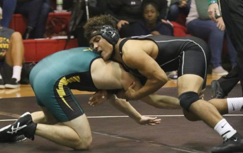 Westside vs Lincoln Pius | Varsity Wrestling Highlights