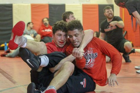 Five Westside Wrestlers Qualify for State at District Tournament