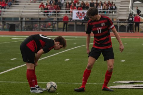 Boys Soccer Prepares for District Play