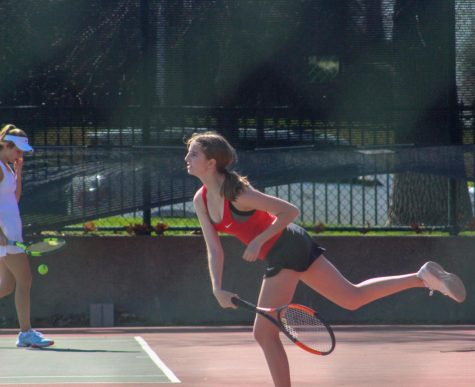 Girls Tennis Team Not Phased by Youth, Looks Forward to Future