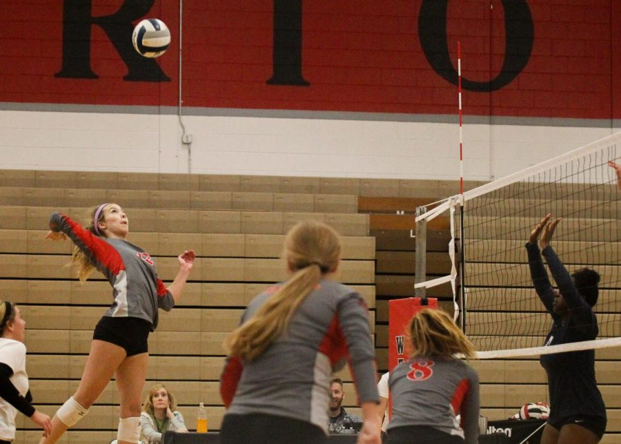 Volleyball Rises Above Lincoln North Star