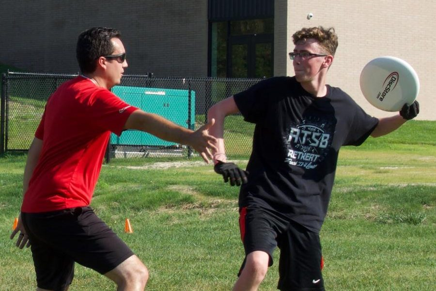 Westside students participate in Ultimate Frisbee club.