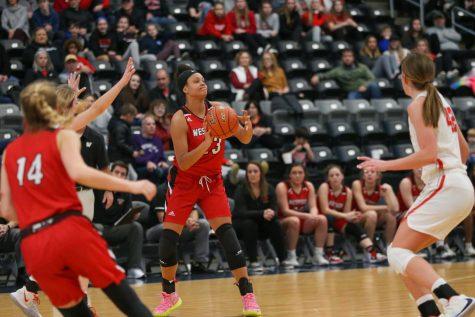 RECAP: Girls Basketball Metros