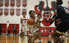 RECAP/GAME REPLAY: Westside Fights Past Bearcats in Tuesday Night Matchup