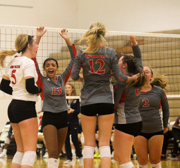 Varsity Volleyball Looks to Build Program with Young Core
