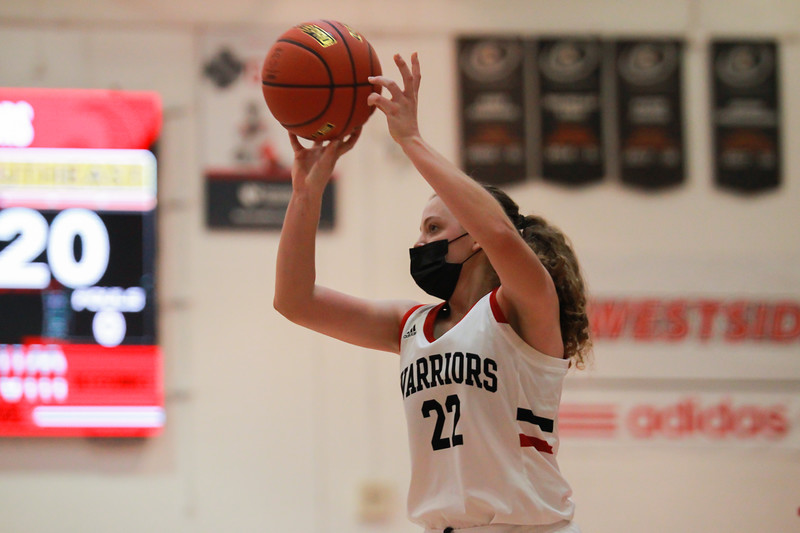 Westside Girls Basketball Continues Winning Streak