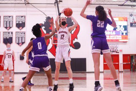 PHOTO GALLERY: Girls Junior Varsity Basketball vs Omaha Central