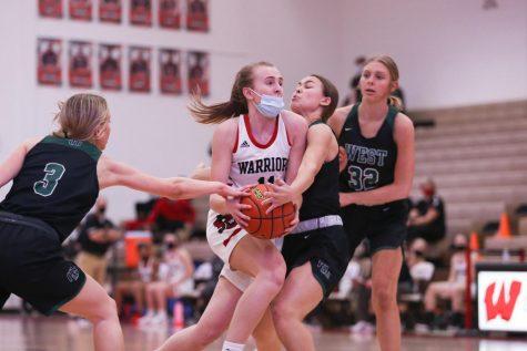 PHOTO GALLERY: Girls Varsity Basketball vs. Millard West
