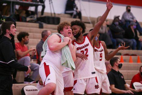PHOTO GALLERY: Boys Varsity Basketball vs. Bellevue East