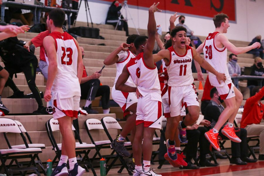 Warriors Boys Basketball Sweep Three-Game Set