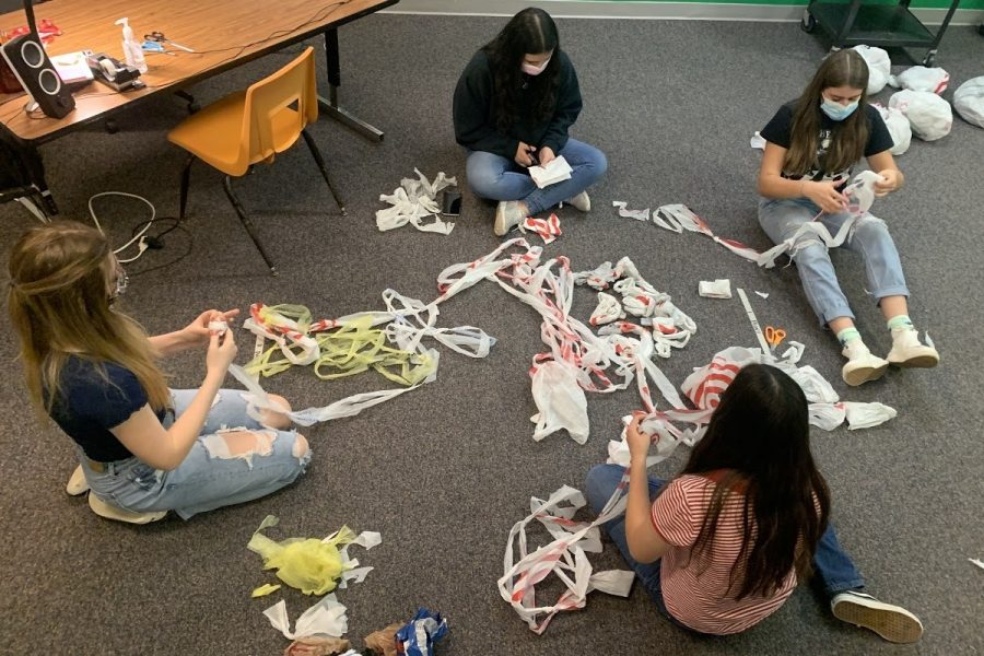 The Westside Service Learning Council have prioritized the production of plastic yarn mats and fleece blankets for the homeless community in Omaha.
