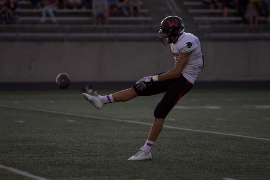 Preview: Warriors, Knights Set for Week Three Matchup