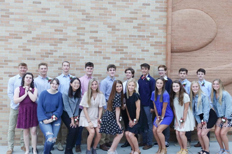 The 2019 homecoming court candidates pose for a group picture.
