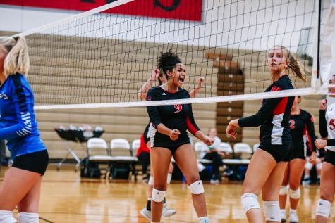 Westside Volleyball Takes Key Lessons from Loss to Top-Ranked Monarchs