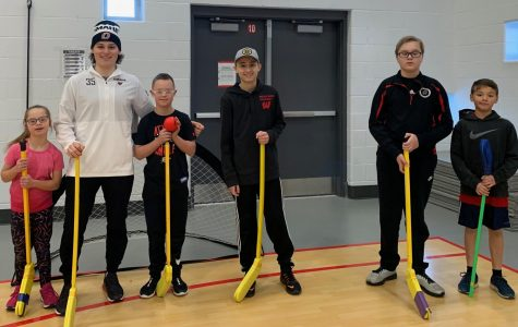 Sunset Hills Elementary Hosts Unified Floor Hockey Event