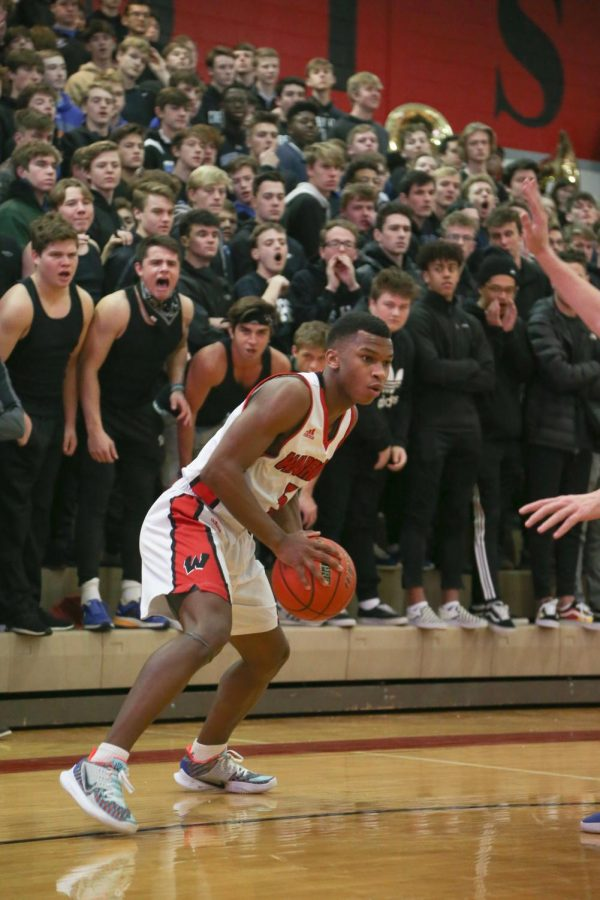 Boys Basketball to Take on Division 1 Commit, Top Ten Matchup Tuesday