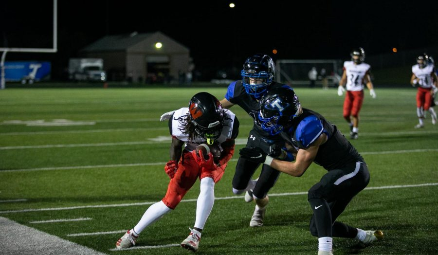 Recap: Westside Football Takes Down Papillion-La Vista South
