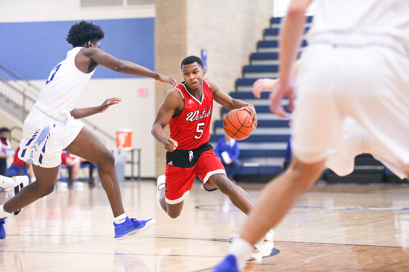 Westside Boys Basketball Fall in Second Round of Metro Holiday Tournament