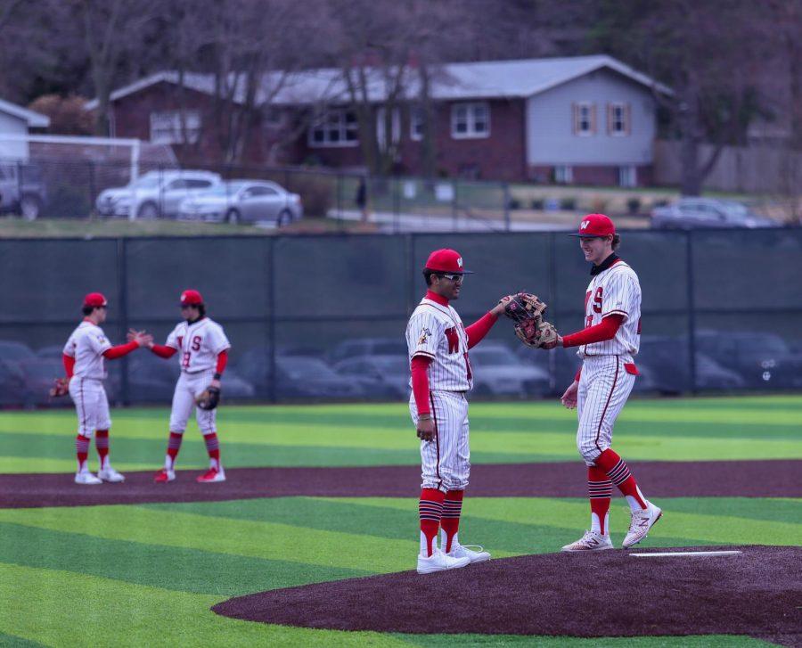 PHOTO+GALLERY%3A+Boys+Varsity+Baseball+vs.+Elkhorn+High