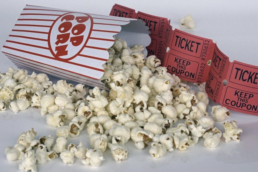 Movie+theaters+are+losing+business+as+the+popularity+of+streaming+platforms+increases.