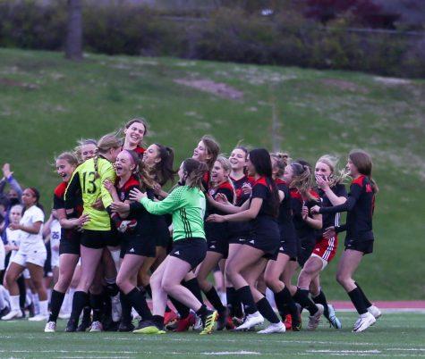 PHOTO GALLERY: Girls Junior Varsity Soccer vs. Papio LaVista South