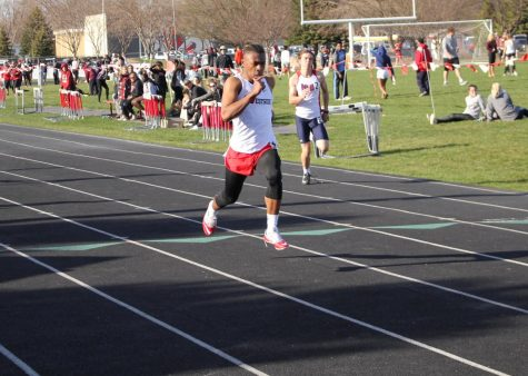 Boys and Girls Track Place Well at Metro