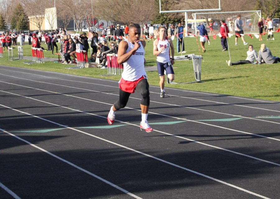 Boys and Girls Track Place Well at Metros