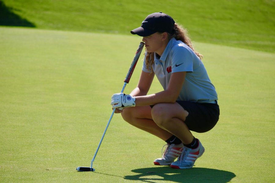Season Preview: Girls Golf Looks to New Young Team for Success