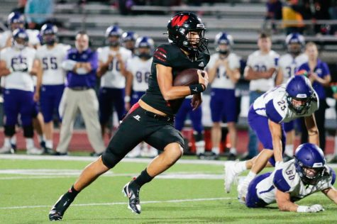 Anthony Rezac in only three quarters elevated the Westside offense to a total of 496 yards without any turnovers - Photo by Mary Nilius